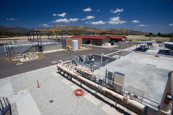 The Fillmore Wastewater Treatment Plant is a state-of-the-art zero-discharge water recycling facility built as part of the $70m water recycling programme. Image courtesy of American Water.