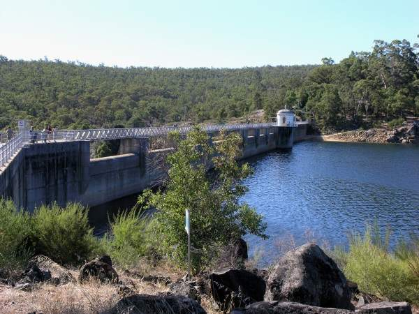Mundaring Weir, built over the Helena River, is the main source of water for the Goldfields and Agricultural Water Supply (GAWS) scheme. Image courtesy of SeanMack.