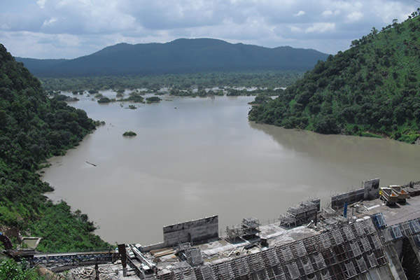 The reservoir created by the main dam and the two saddle dams have a capacity of 12.57 billion cubic metres. Image courtesy of ZSM.