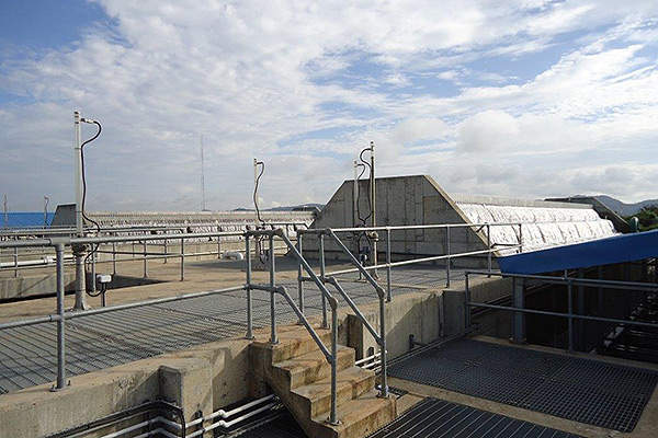 View of the aerator at the water treatment plant. Image courtesy of Biwater.