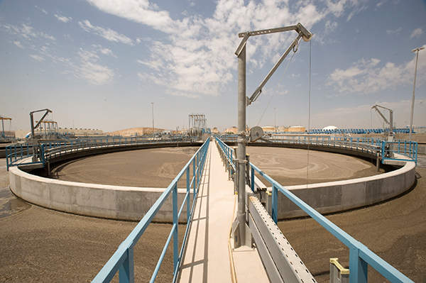 The plant has a peak flow rate of 840,000 cubic metres each day. Image courtesy of GDF SUEZ / ABACAPRESS / Lyons Bill.