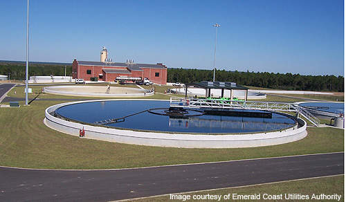 The facility includes centre-feed, circular clarifiers to remove solids from the wastewater.