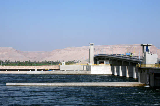 The new Naga Hammadi barrage is located some 3,500m downstream of the existing structure.