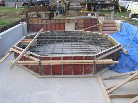 The ferric chloride tank during construction – part of the opening stages of phase one, which was completed in October 2007.