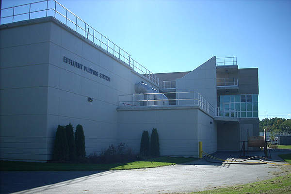 The new effluent pumping station of the Kitchener WWTP. Image courtesy of Region of Waterloo.