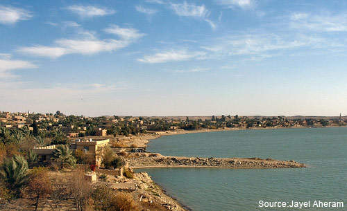 Discharged wastewater into the Euphrates has caused prolems of contamination.