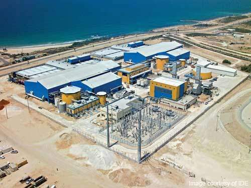 A dedicated gas turbine power station was built adjacent to the desalination plant; an overhead line provides a second supply from the Israeli national grid.
