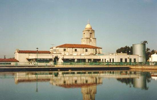San Diego's oldest existing water treatment plant, Alvarado, has received a National Historic Award from the American Water Works Association for its contributions to water supply and technological development.