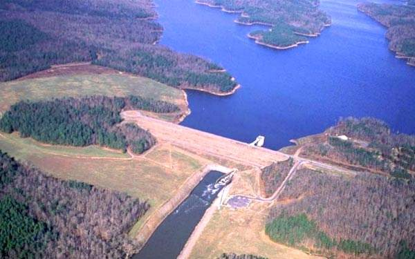 The plant draws its raw water from the B. Everett Jordan Reservoir - more commonly known as Jordan Lake - which lies 10 miles to the west of the town of Cary in the Cape Fear River Basin.