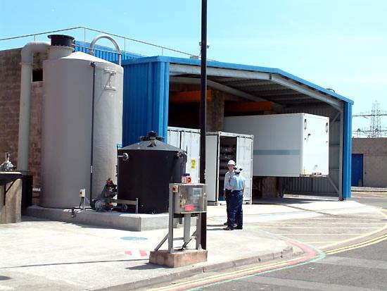 View of the plant showing the multi-flow tanks and containers.