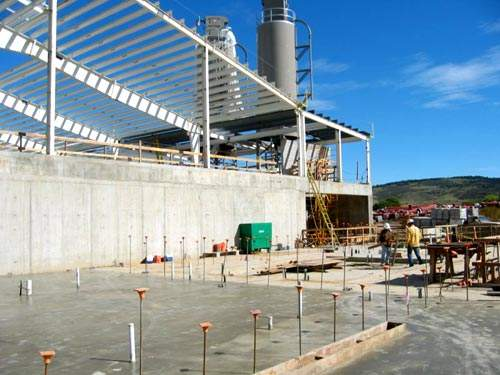 Construction work on the new water treatment plant began in August 2003.