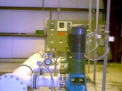 The product water is subsequently degasified, disinfected and then pumped to the distribution network.