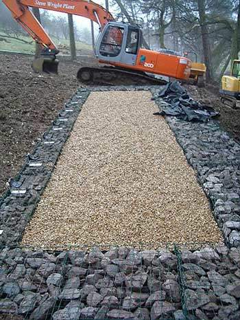 Careful landscaping work post installation helped to minimise the visual disturbance to the scenic parkland setting.