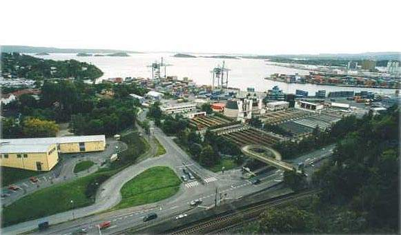 In March 1998, a PURAC Group consortium was awarded a £40 million contract by Oslo City Council to upgrade the existing sewage treatment plant for Oslo, Norway. The new Bekkelaget plant will serve a population of 250,000 and has a design capacity of 250 Mld.
