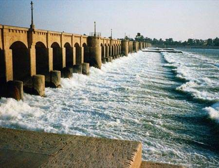 The Naga Hammadi barrage was completed by the spring of 2008.