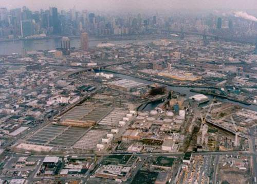 Aerial view of the Newtown Creek plant. Located in the Greenpoint area of Brooklyn, it is the largest wastewater treatment plant in New York.