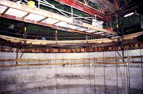 Scaffolding inside the vertical pressure shaft.