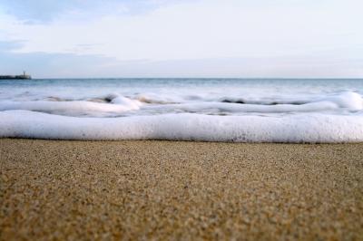 Waves foam